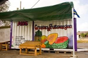 Groeten van de fruitswagen!