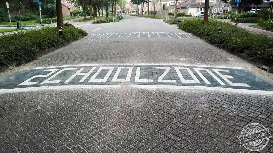 201609_FB_Joyce-Jonkers_Zchoolzone_schoolzone_die-moet-ook-maar-weer-terug_logo