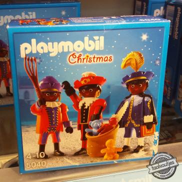 20161104_wp_lotte-morsink-anoniem_playmobil-christmas_zwarte-piet_sinterklaas_heeft-de-kerstman-nieuwe-hulpjes_logo
