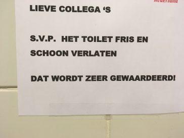 En vergeet het toilet zelf ook niet. #taalvout
